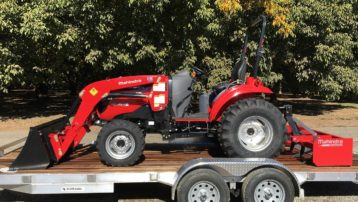 Mahindra 1533 Package with Aluminum Trailer!