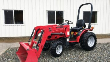 Used 2006 Mahindra 2415 HST – ONLY 352 HOURS!