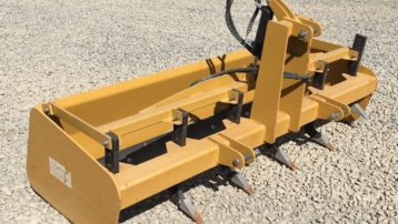Barely Used 6′ Braber Box Scraper with Hydraulic Rippers!