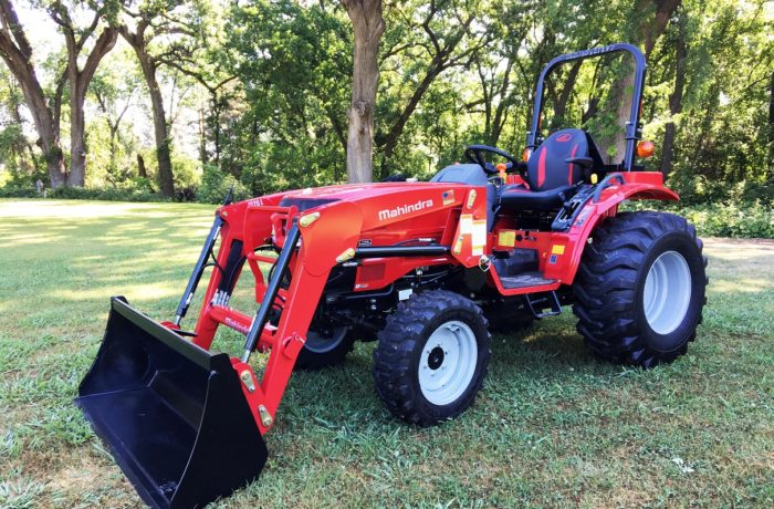 Mahindra 1626 Tractor with Loader!  SPECIAL SALE – $500 OFF!