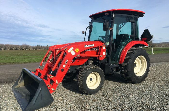 """Scratch & Dent"" Special!  37HP Branson 3725CH HST CAB Tractor  –  SAVE $2,600!"