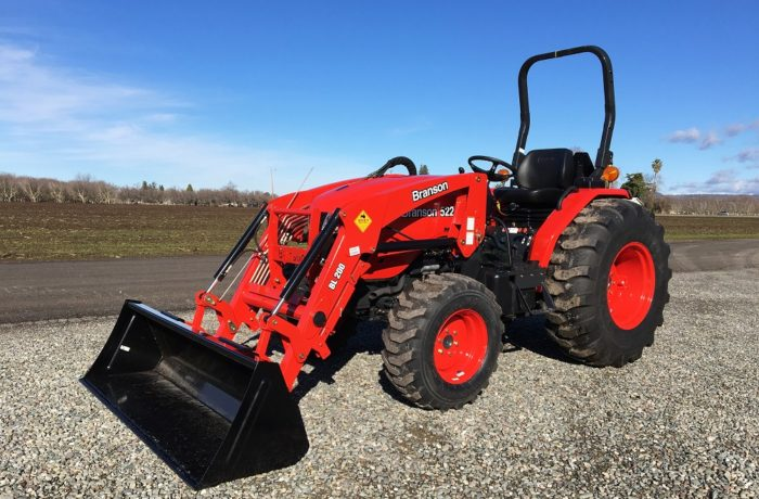 """""""Scratch & Dent"""" Special! 55HP Branson 5220H HST Tractor – SAVE $1,500!"""