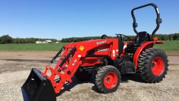 NEW 4×4 Branson 2515H Tractor – 2,200 LB Loader Lift Capacity! SPECIAL PRICING!