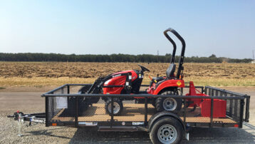 4×4 Branson 1905H HST Tractor with Loader, Box Scraper, AND Trailer – ONLY $15,850!!!