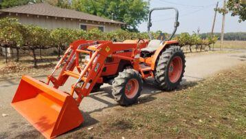 Used 50HP Kubota MX5000D 4×4 with Brand NEW Loader Attachment!