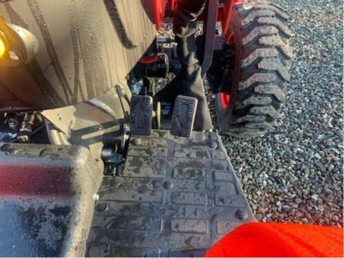3515h HST pedals