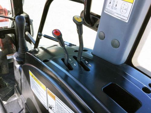 USED 5220H Cab - 9